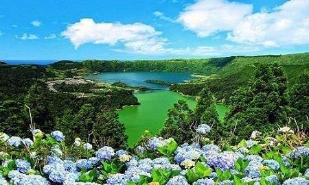 http://www.escapadinhas.org/escapadinha-lagoa-das-sete-cidades/