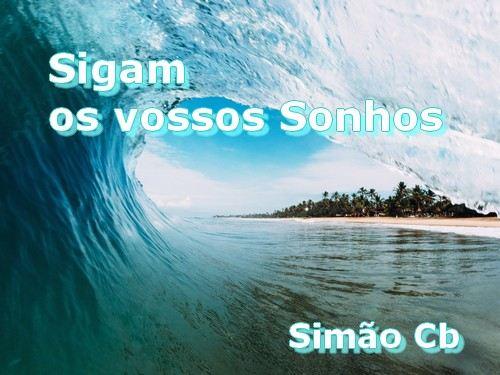 tubo de onda de surf de um azul claro intenso
